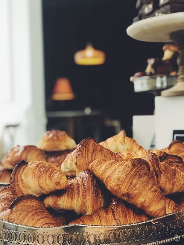This homemade Croissants will make your morning breakfast amazing! 🥐☕